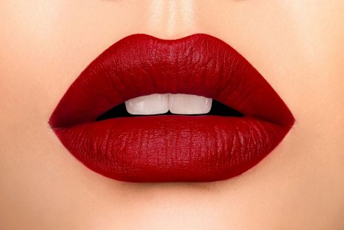 IAM LIP MATTE - RED 713